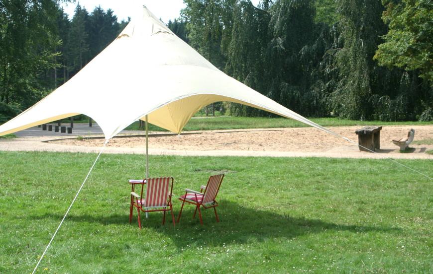 camping sonnensegel 400x400 cm nylongewebe uni wasserundurchl ssig sonnensegel terrassen. Black Bedroom Furniture Sets. Home Design Ideas